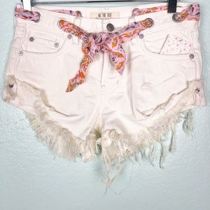 new WE THE FREE white denim tie belt SHORTS 24